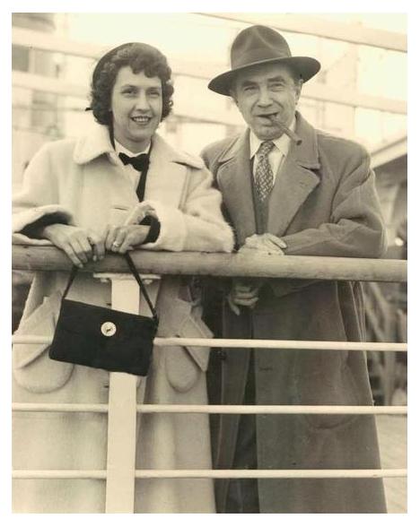 Bela & Lillian Arrive in England