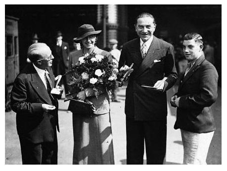 Bela & Lillian in England in August, 1935 2