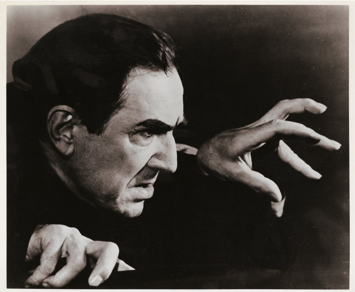 Bela Lugosi's Dracula Cape Fails To Sell At Auction | The ...