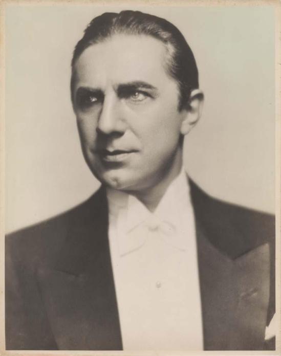 Universal portrait, 1931