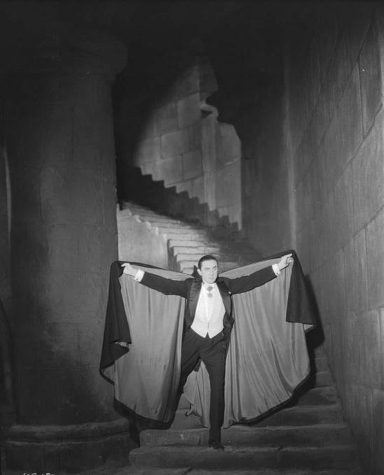 Dracula Still 16