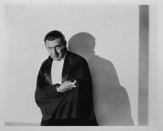 Dracula Still q