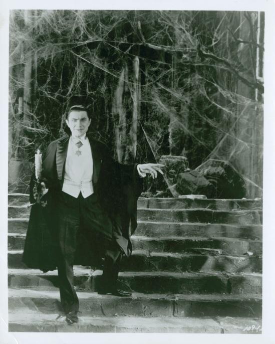 Dracula Still t