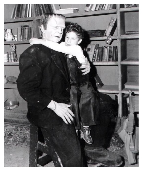 Frankenstein Meets The Wolf Man 9