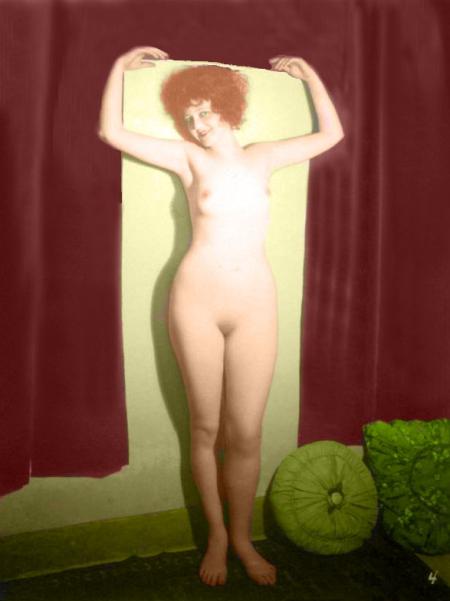 Clara Bow Nude postcard