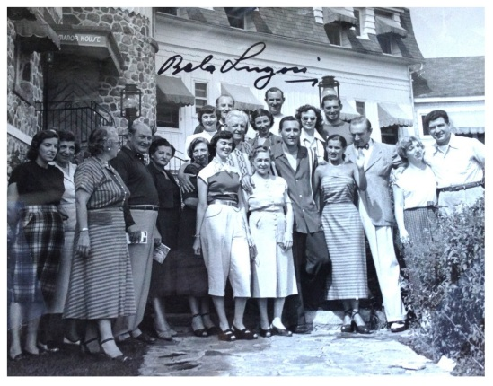 Bela with a group of admirers at the The Manor House hotel in Sainte-Agathe-des-Monts, Quebec.